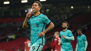 «Манчестер Юнайтед» на «Олд Траффорд» проиграл «Ливерпулю». Команды забили 6 мячей