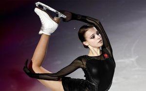 Щербакова выступила на бис во время показательных выступлений на командном чемпионате мира: видео