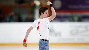 Юниор из академии Плющенко выиграл этап Кубка России среди взрослых. При этом Ковалев сорвал оба четверных