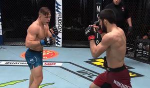 «Больше не могу молчать. Дайте мне кого-нибудь из топов!» Махачев — после победы над Добером на UFC 259