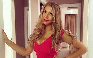 Бывшая жена Глушакова после развода получит 4 квартиры, дом иболее 100млн рублей