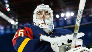 В Канаду едет вратарь, на котором в России сразу два клуба поставили крест. В НХЛ Демченко начет все с начала