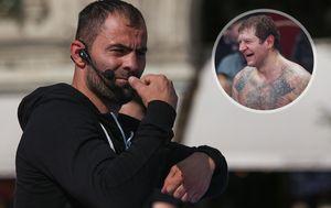 А. Емельяненко: «Чахкиев— профессиональный боксер. Давай мысним лучше вшахматы сыграем»