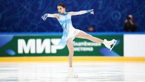 Валиева выиграла короткую программу в финале Кубка России, Усачева — 2-я, Косторная — 6-я