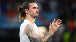 Дубль Гризманна принес Франции победу над Финляндией, гол Зайнутдинова помог Казахстану уйти от поражения