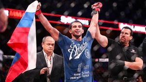 Лучший ученик Шлеменко вернулся в США, где раньше был чемпионом. Скоро он может подраться с украинским Хабибом