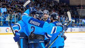 Команда из Сибири снимает скальпы с топ-клубов КХЛ. Новосибирск выгрызает дерби и прет в плей-офф