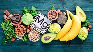 Как определить, что у вас опасный для здоровья дефицит магния, и какими продуктами его восполнить