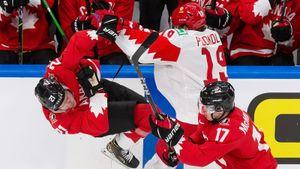 «Испытываю тяжелые чувства. Извиняюсь, что нет результата». Хоккеисты сборной России — о поражении 0:5 от Канады