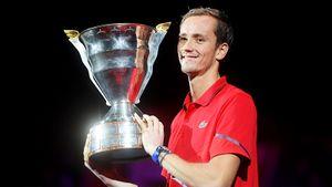Сумасшедший Даниил Медведев выиграл турнир в Петербурге. Россияне не побеждали здесь 15 лет