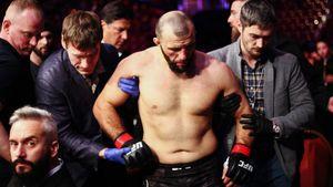 Устроивший пьяную драку на свадьбе российский боец Антигулов уволен из UFC