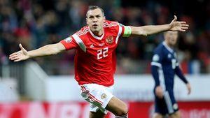 «Гимн России круче, чем Лиги чемпионов. Еще бы всю команду заставить петь». Дзюба — герой страны