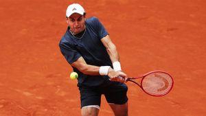 Карацев обыграл 9-ю ракетку мира Шварцмана и вышел в 1/8 финала «Мастерса» в Мадриде