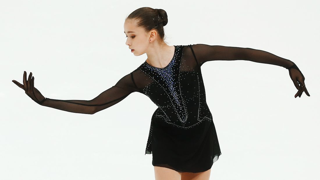 Валиева: Отрабатываю Болеро перед зеркалом, делаю плавные и жесткие движения, чтоб были похожи на движения змеи