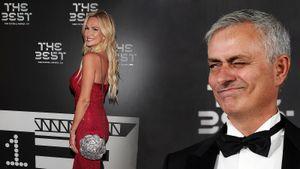 Лопырева— главная красотка церемонии награждения ФИФА, Месси— главный герой. Фото изМилана