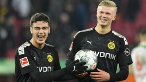 Холанд оформил хет-трик за20 минут испас «Боруссию» всвоем дебютном матче. Просто монстр