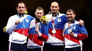 Русские шпажисты впервые за 25 лет боролись за золото Олимпиады. Но сенсационно проиграли японцам