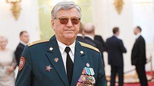 Тихонов: «Российским биатлонистам давно пора впостель. Сейчас утренеров головы нет»