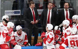 Знарок признан самым любимым тренером среди игроков КХЛ