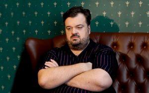 «Мне такое государство ненужно». Василий Уткин отреагировал надействия властей из-за коронавируса: видео