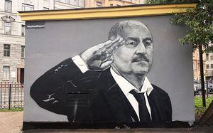 «Хотел бы хайпа — сделал бы Бузову». Автор граффити Черчесова хочет нарисовать Дзюбу