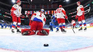 «Надо менять отношение молодежи к стране — думают о НХЛ и больших контрактах». Эксперты — о провале России на МЧМ