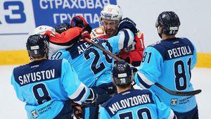 Сенсация в плей-офф КХЛ: скромная «Сибирь» выбила клуб-олигарх из Екатеринбурга. И отправила на пенсию Дацюка?