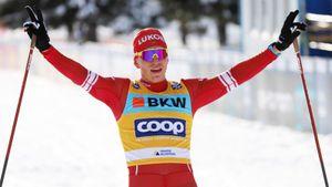 Большунов выиграл первую гонку в сезоне. Русские лыжники заняли весь подиум на Кубке мира