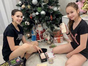 Загитова подарила сестре надень рождения айфон