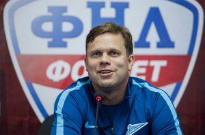 Радимов набросился наеще одного молодого футболиста «Спартака»