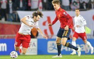 Испания вырвала победу у Грузии, за которую забил Кварацхелия. Дания разгромила Молдову — 8:0