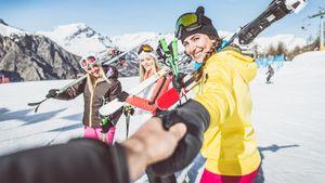 Где кататься на лыжах в России: горнолыжные курорты и склоны