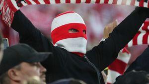 Заводящий «Спартака» получил запрет напосещение матчей на1,5 года заоскорбления Дзюбы