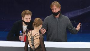 Леонова: «У Трусовой и Плющенко хороший тандем, они еще покажут свой результат»