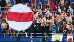 15 фанатам ЦСКА, задержанным за кричалки «Жыве Беларусь», грозит запрет на посещение стадионов