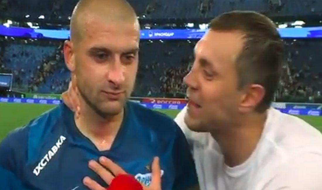 'Россия и Украина - братья!': Дзюба криком прервал интервью украинского футболиста