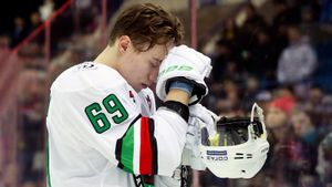 Куда пропадают российские хоккейные таланты? Лучшие бомбардиры МХЛ вынуждены играть на Украине и в Казахстане