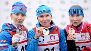 Биатлонистка Глазырина выиграла спринт на летнем чемпионате России. Она недавно отбыла дисквалификацию