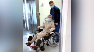 Жена хоккеиста Макарова Лера Кудрявцева передвигается в инвалидной коляске. Она сломала крестец. Видео