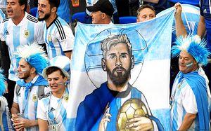 «Это счастливый стадион для Аргентины! Спасибо, Путин!». Репортаж из латиноамериканского Питера