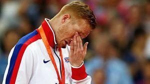 «Я прошу всех провериться». Олимпийский чемпион Разерфорд столкнулся с раком во время самоизоляции