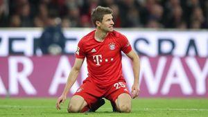 Футболист «Баварии» Мюллер рассмешил болельщиков неуклюжим исполнением углового: видео