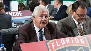 «Я не знал, что он — чернокожий». Расистский скандал в НХЛ: под подозрением — уволенный босс «Флориды» Тэллон
