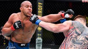 Волков проиграл Гану в главном бою UFC Vegas 30