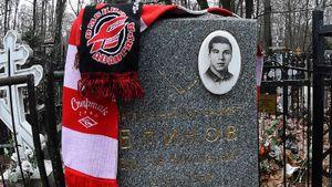 Трагическая история советского хоккеиста. После долгого запоя Блинов обманул врачей и погиб прямо на тренировке