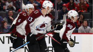 Наместников забивает изпервой тройки «Колорадо». Ончувствует себя своим рядом ссуперзвездами НХЛ