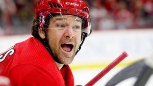 Называл Овечкина конем и эпично вышиб его из плей-офф. Канадец Уильямс вернулся в НХЛ в 38 лет