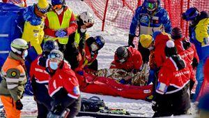 Жуткое падение американского горнолыжника на этапе Кубка мира. Его увезли в больницу на вертолете
