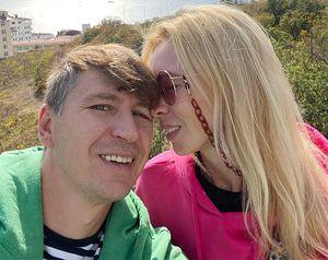 «Шикарная, что сжелчным, что без». Ягудин показал фото Тотьмяниной после операции вонкоцентре