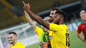 Форвард «КуПСа» рассказал, зачем показал средний палец украинским болельщикам после матча Лиги Европы